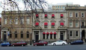 Behind the Red Awnings – 26 Murray St